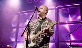Pixies исполнили акустический вариант песни Silver Snail