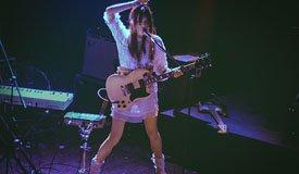 Репортаж с концерта Blonde Redhead в клубе «Театръ» (от 17.03.2015)