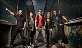 Simple Plan представили совместную с Шоном Полом песню