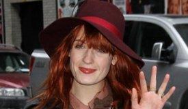 Флоренс Уэлч хочет, чтобы Том Уэйтс спел песню Florence and the Machine