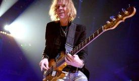 Басист Aerosmith начал писать свою автобиографию