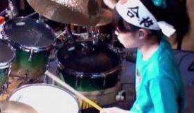 Юная японская барабанщица произвела настоящий фурор в Интернете