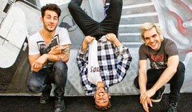 Fall Out Boy и New Politics стали героями жизненной видеоигры