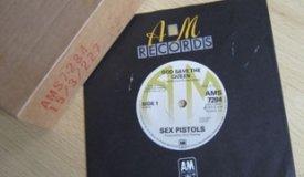 Промо-винил Sex Pistols продается за 11,100.00 фунтов