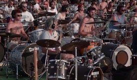 Флешмоб в Италии: тысяча музыкантов сыграла песню Foo Fighters