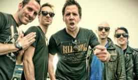 Simple Plan выступят на фестивале Maxidrom-2013