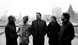 Elbow посвятили новый сингл Pixies и Блэку Фрэнсису