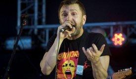 Шнуров заплатит 300.000 рублей за афишу для «Ленинграда»