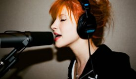 Группа Paramore готовится к выпуску сингла Now