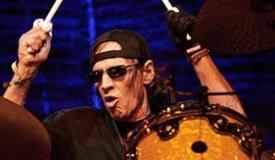 Скончался легендарный барабанщик группы The Stooges