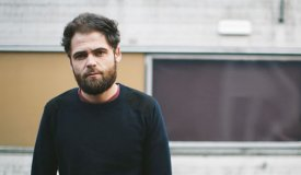 Passenger записал кавер на Дэвида Боуи «Space Oddity»