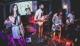 JWLS и Neon Tiger выступят в клубе «Мастерская»