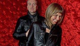 Музыканты The Vaselines сыграли шпионов в новом клипе «Crazy Lady»