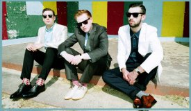 Сингл дня: Two Door Cinema Club «Are We Ready? (Wreck)»