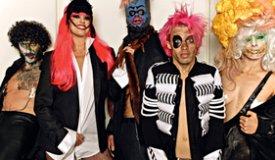 Немецкая инди-рок группа Bonaparte возвращается в Москву