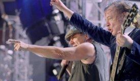 AC/DC прерывают запись нового альбома