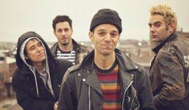 DIY-панки из Бруклина The So So Glos выпустили трек «Missionary»
