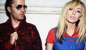 The Ting Tings сняли ретро-клип на новый сингл «Do It Again» и заиграли диско