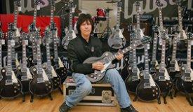 Джефф Бекк и Брайн Уилсон открывают рок-н-ролльный лагерь
