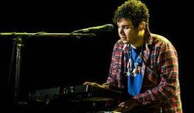 Клавишник Vampire Weekend напишет музыку для бродвейской пьесы