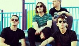 Arctic Monkeys сняли клип на песню Snap Out Of It