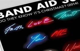 Крис Мартин, Сэм Смит, Боно и другие выпустили сингл для борьбы с вирусом Эбола