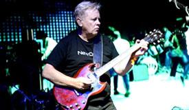 New Order поделились новым синглом «Restless»
