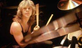 Скончался бывший барабанщик группы Iron Maiden