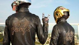 В сети появилось новое фото Daft Punk без шлемов