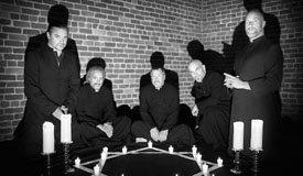 Долгожданный альбом Faith No More «Sol Invictus» доступен в идеальном качестве