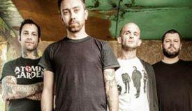 Rise Against обзавелись клипом на песню «Tragedy + Time»