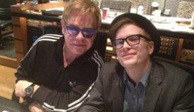 Сэр Элтон Джон помогает Fall Out Boy записывать новый альбом