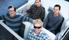 Фронтмен The Offspring задолжал более 400.000 фунтов за личный самолет