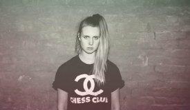 MØ в обнимку с Мел Си спели песню Spice Girls