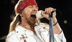 Смотрите видео с первого реюнион-концерта Guns N' Roses
