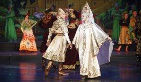 Национальное танцевальное шоу Гжель