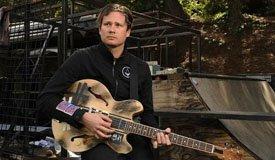 Том ДеЛонг выпустил сольный альбом с «демками» Blink-182