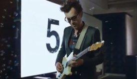 Новый клип Phoenix — «Trying To Be Cool»