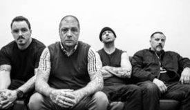 Новый альбом Rancid оказался в сети за две недели до релиза