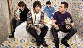 Arctic Monkeys выложили новый клип с нового альбома