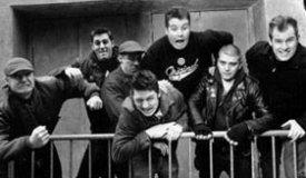 Басист Dropkick Murphys избил на концерте нациста