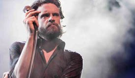 Father John Misty записал кавер на Nirvana «Heart-Shaped Box»
