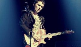 Мэттью Беллами из Muse сломал ногу и этим прервал несколько концертов