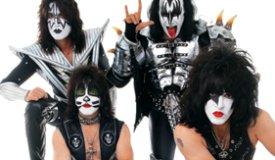 Режиссер легендарной «Стены» снимет документальный фильм о группе Kiss