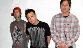 Blink-182 записали Рождественскую песню Boxing Day