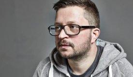 В новом клипе Марка Причарда можно увидеть голограмму Тома Йорка
