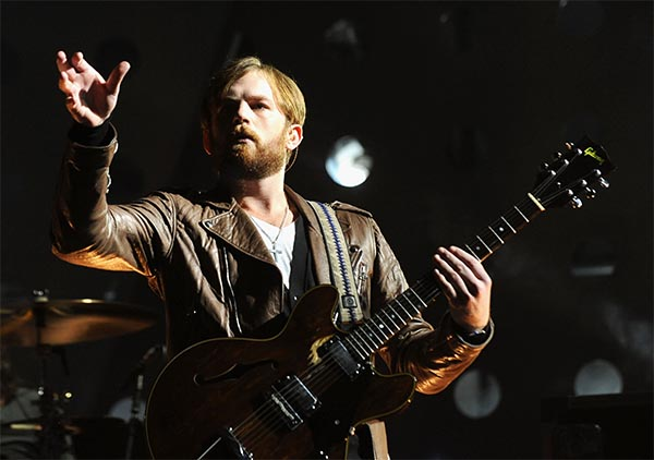 kings-of-leon_live